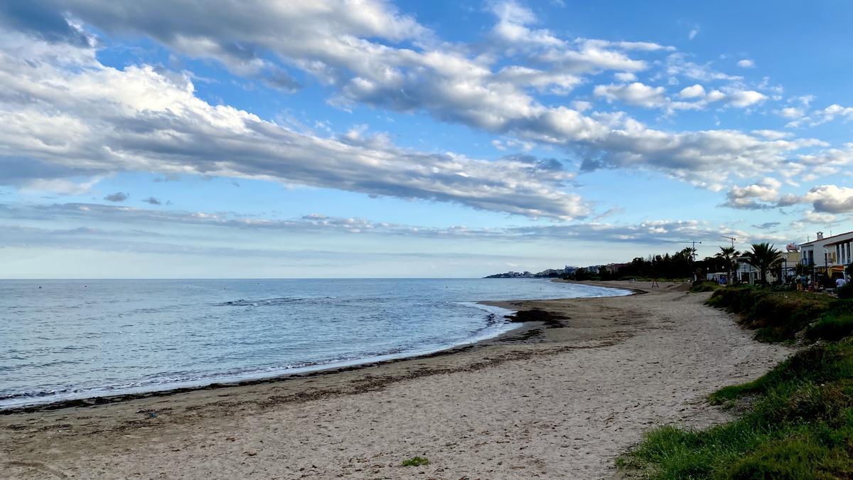 Imagen de la Playa de Torre La Sal en Cabanes.