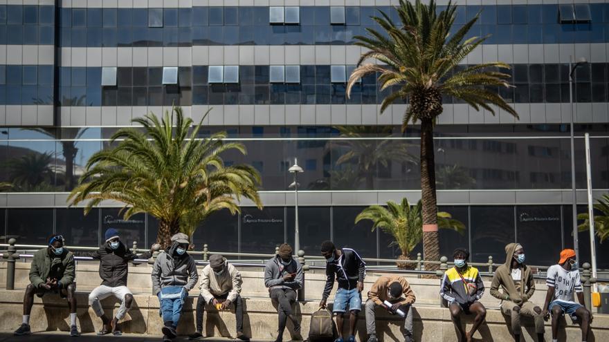 Los jóvenes que rechazan Las Raíces ocultaron que  eran menores a la Policía