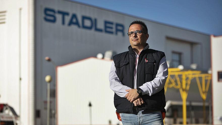 La plantilla de Stadler fía su futuro a conseguir el 'contrato del siglo' de Renfe