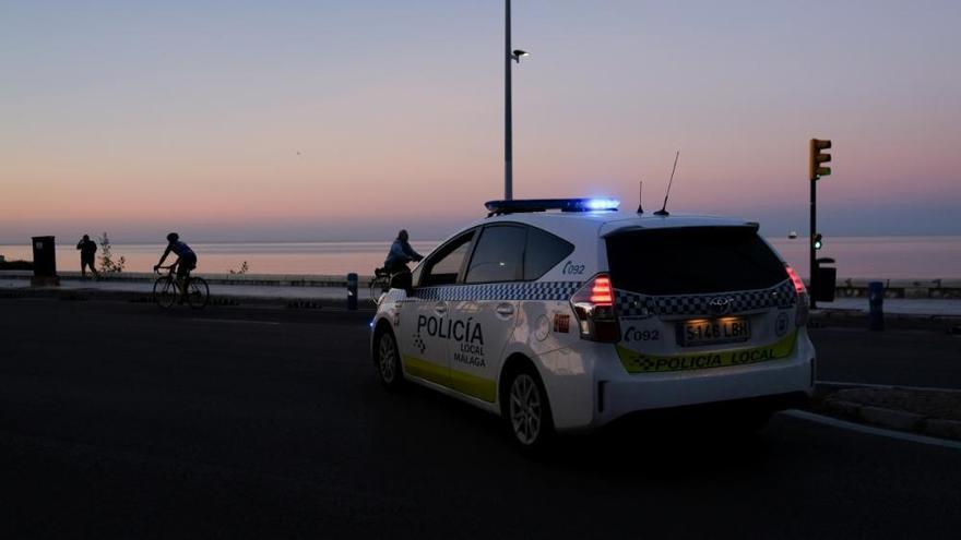 La Policía Local refuerza el control de los paseos marítimos
