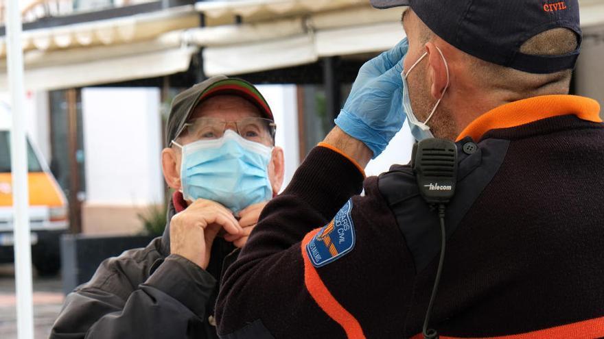 El Defensor del Paciente pide que las mascarillas sean gratuitas para parados