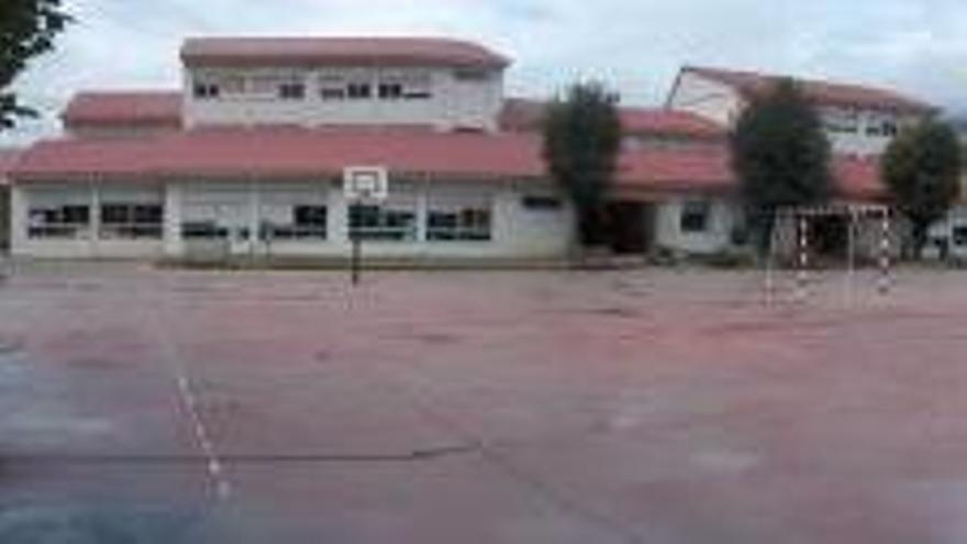 Ya son 24 los menores de un colegio de O Barco contagiados por COVID