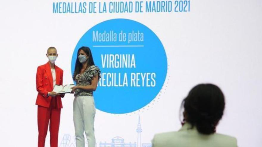 """Virginia Torrecilla, medalla de Plata de Madrid, pide a las personas con cáncer """"que nunca se rindan"""""""
