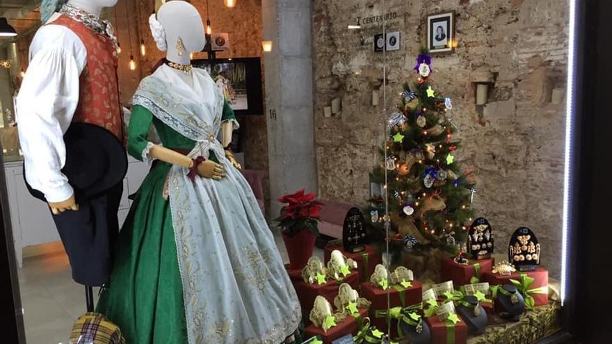 Propuestas para regalos de Navidad de la indumentaria tradicional