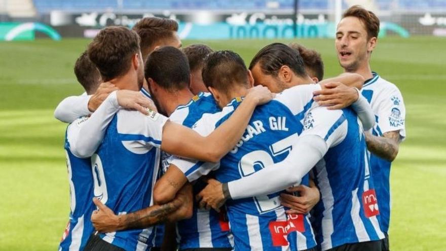 L'Espanyol, sense gol a Tenerife, salva el liderat
