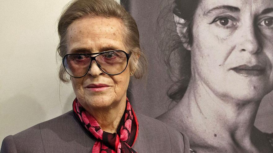 Cátedra celebra los 90 años de María Victoria Atencia reuniendo toda su poesía