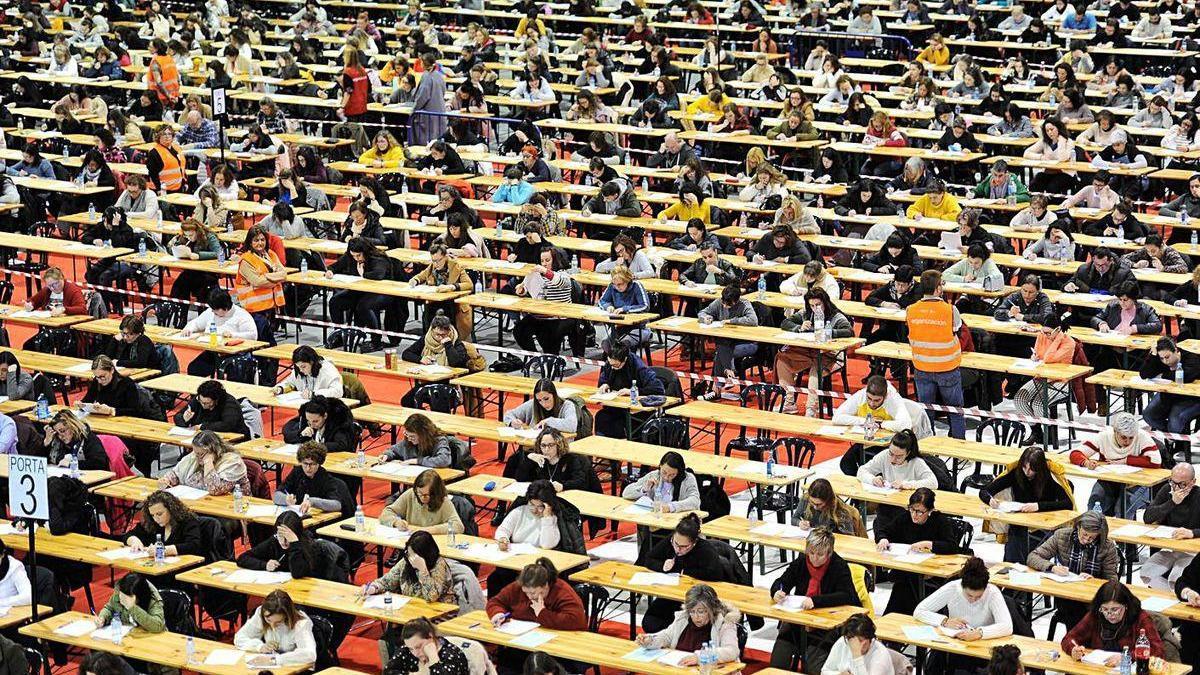 Opositores realizan las pruebas en años anteriores en la sede de Silleda.