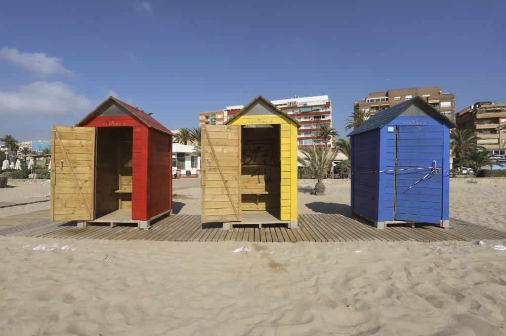 Aumentan las críticas por el estado de la playa del Port de Sagunt