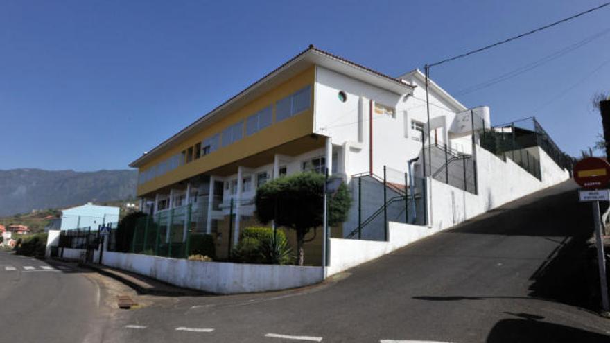 Canarias y la FECAM mejorarán las infraestructuras educativas de las Islas