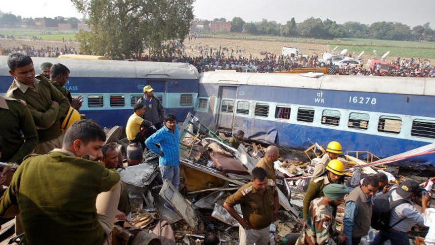 Más de 130 muertos en un accidente de tren en la India