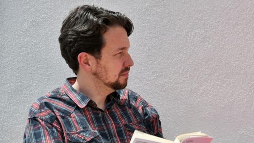 Twitter se llena de memes de Pablo Iglesias sin su mítica 'coleta'