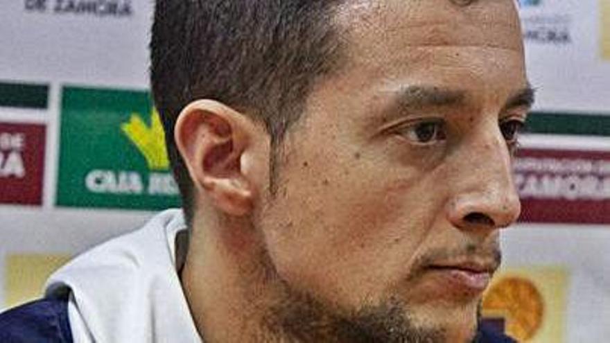 """Saulo Hernández: """"Hemos perdido por el rebote"""""""