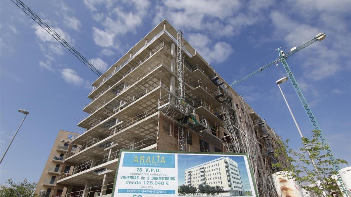 La venta de viviendas en Córdoba cae en marzo un 20,5% al sumar solo 472 operaciones de compra