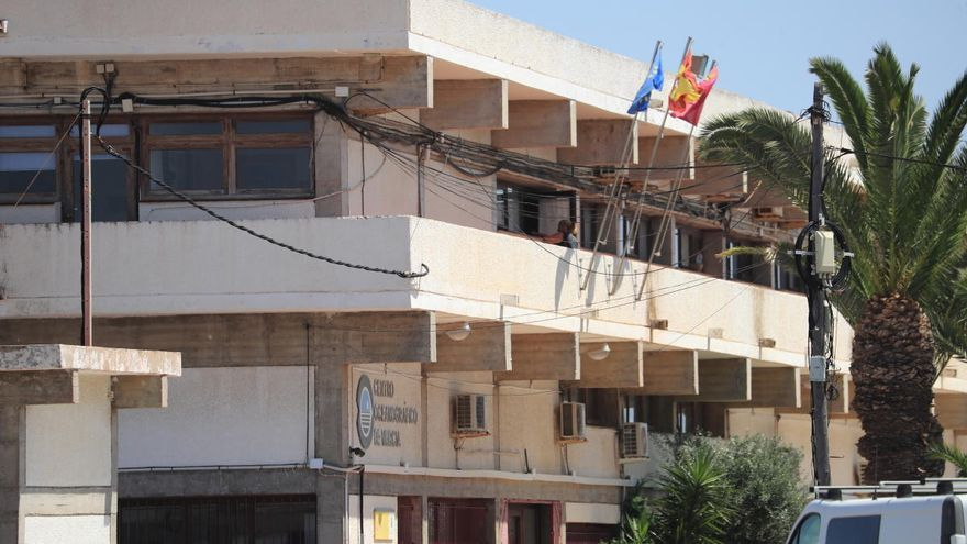 El bloqueo del Oceanográfico frena las investigaciones marinas en Murcia