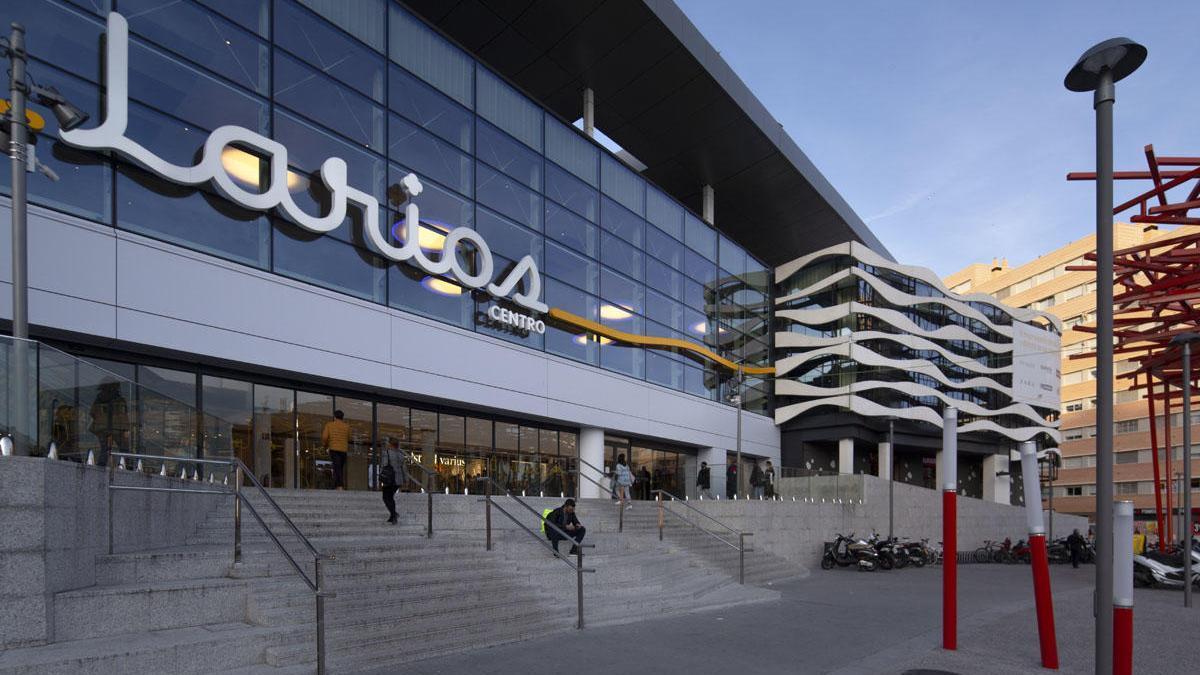 El renovado centro comercial Larios Centro.