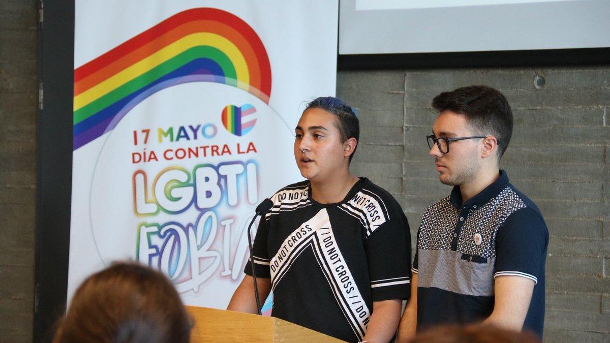 Daniel y Yago ponen voz a la transexualidad en Extremadura