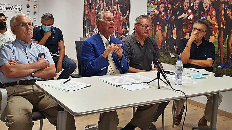 Juan Padrón releva a Suárez en la presidencia hasta 2022