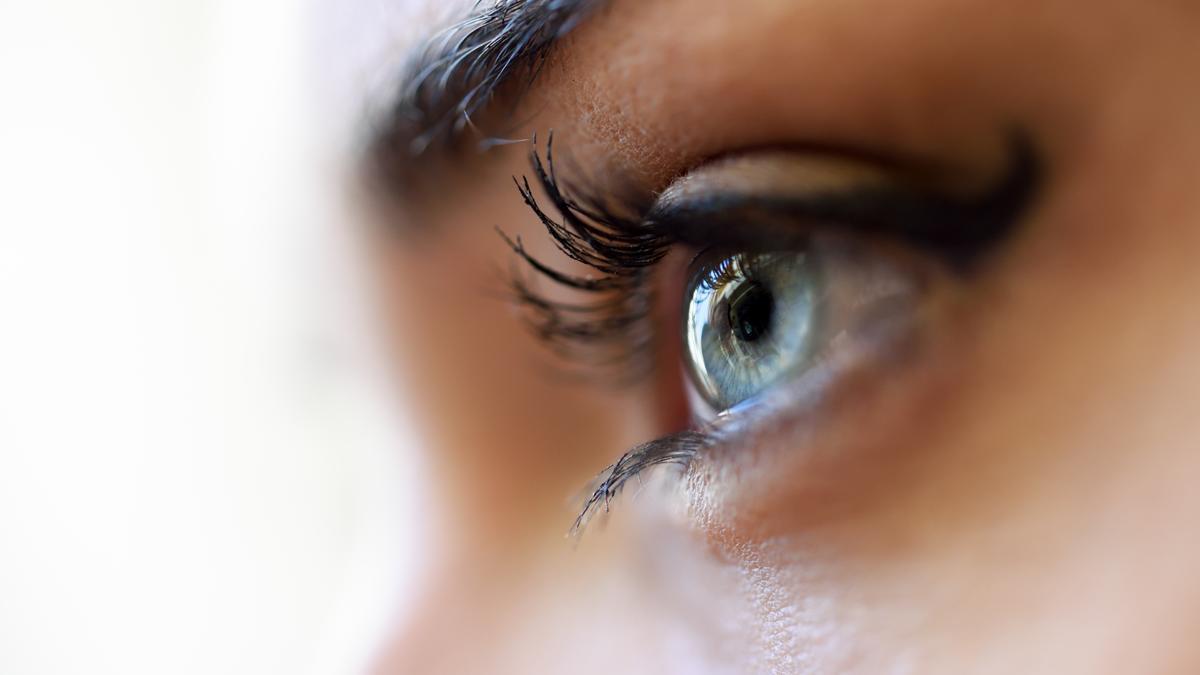 El cuidado de la salud ocular empieza por la córnea, zona del ojo especialmente vulnerable