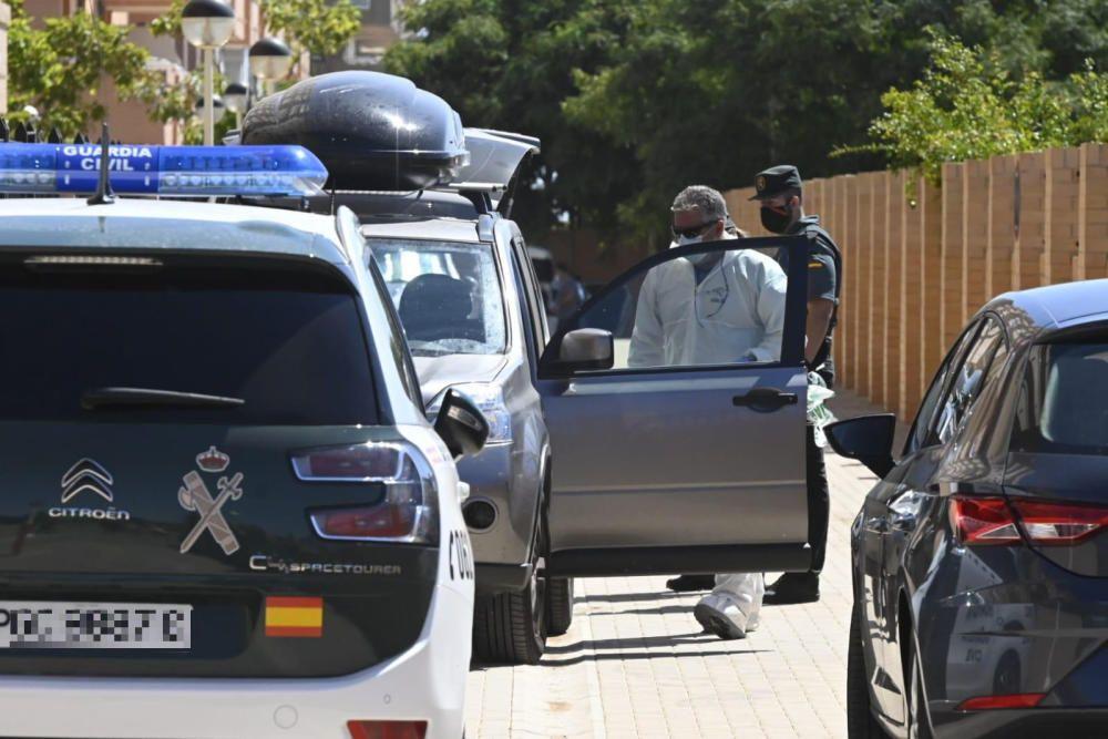Parricidio en Cabanes: apuñala a sus hijos delante de su madre