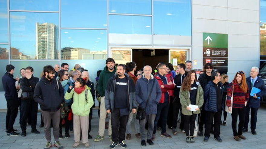 Els encausats pel tall de l'AVE a Girona l'aniversari de l'1-O acusen la justícia d'actuar amb «voluntat d'escarment»