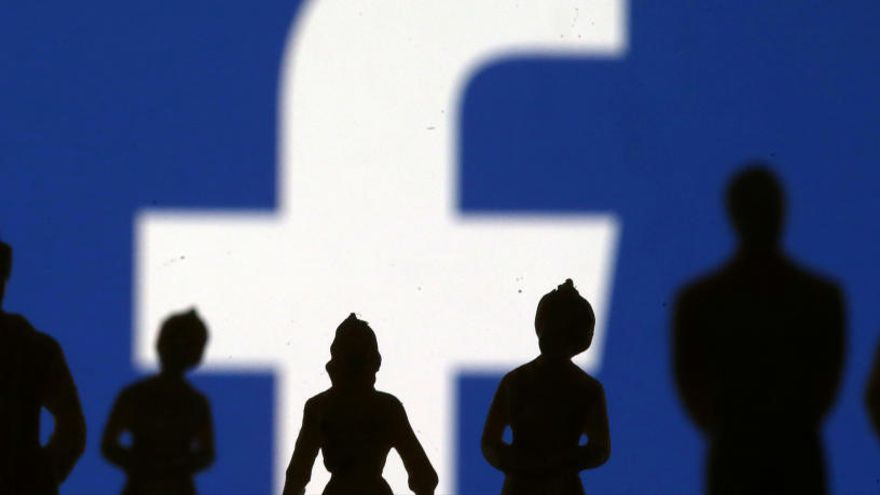 Facebook, WhatsApp i Instagram pateixen caigudes a nivell mundial