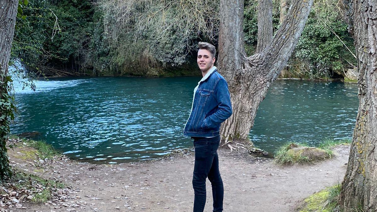 Carlos Mateo, de 21 años y exempleado de Stellantis