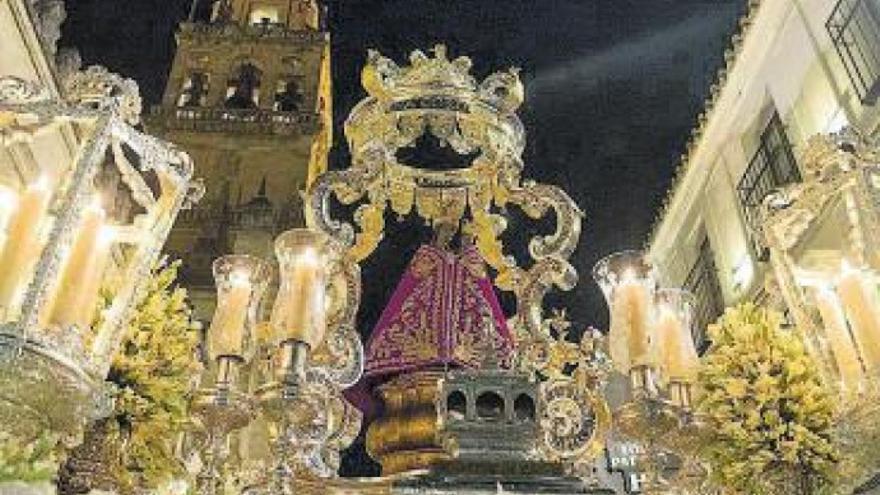 La Fuensanta, sin procesión pero mantiene sus cultos