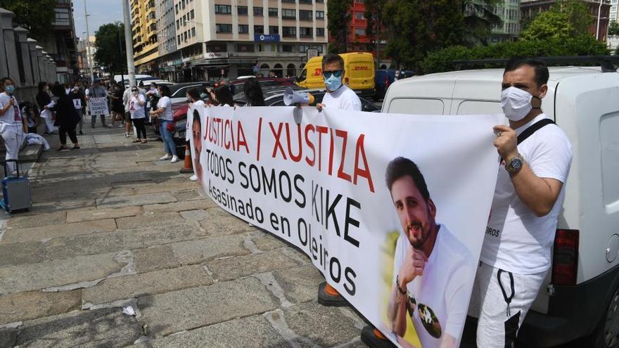 """Familia del fallecido en Oleiros pide """"justicia"""""""