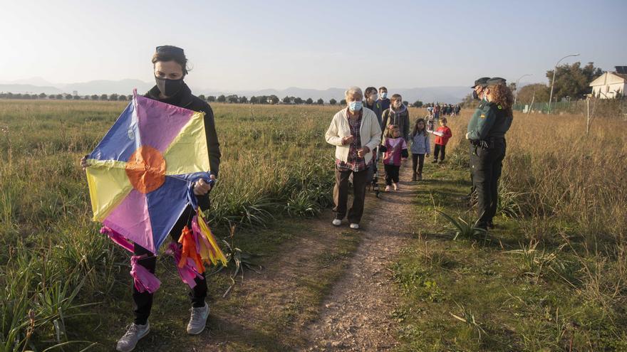Aena prohíbe el acto de protesta contra el parque fotovoltaico de Son Bonet