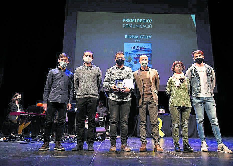 Carles Codina, en nom d'El Salí, va rebre el Premi Regió7 de Marc Marcè