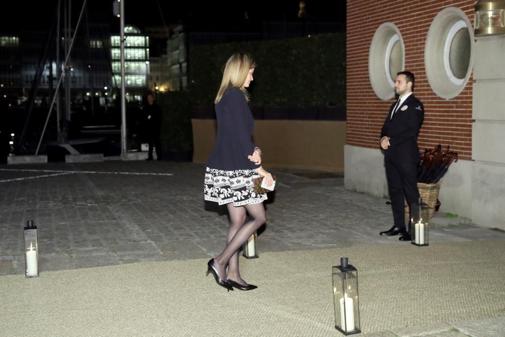 Athina Onassis a su llegada al Real Club Náutico de A Coruña, donde se celebra el cóctel de la boda de Marta Ortega y Carlos Torretta.