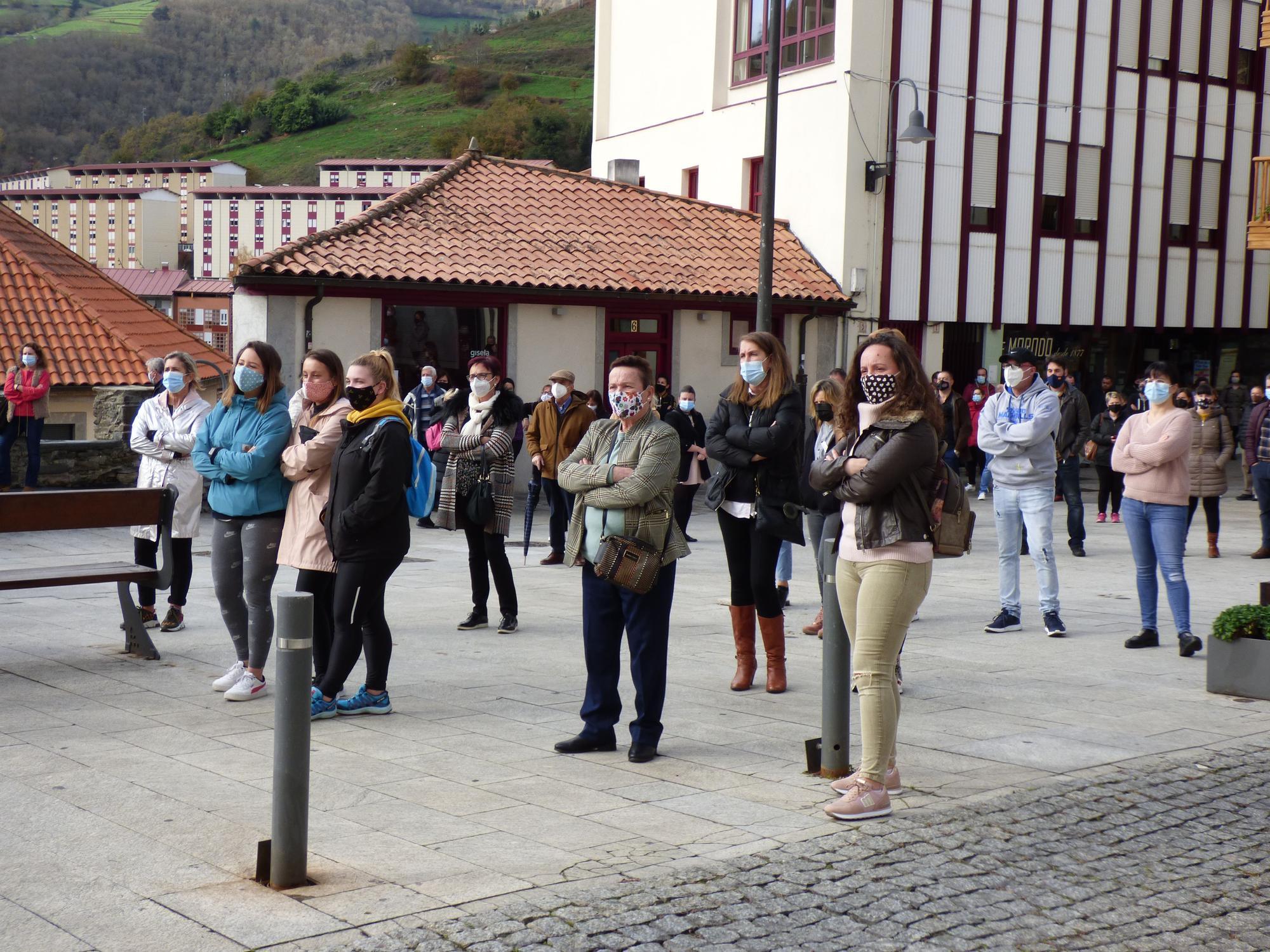 protestas en cangas del Narcea 3.jpg