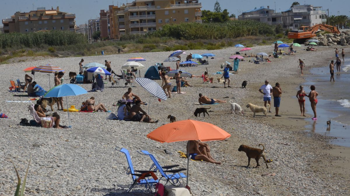 La playa de Moncofa, una de las más asentadas de la provincia y que más éxito tienen como se aprecia en la imagen.