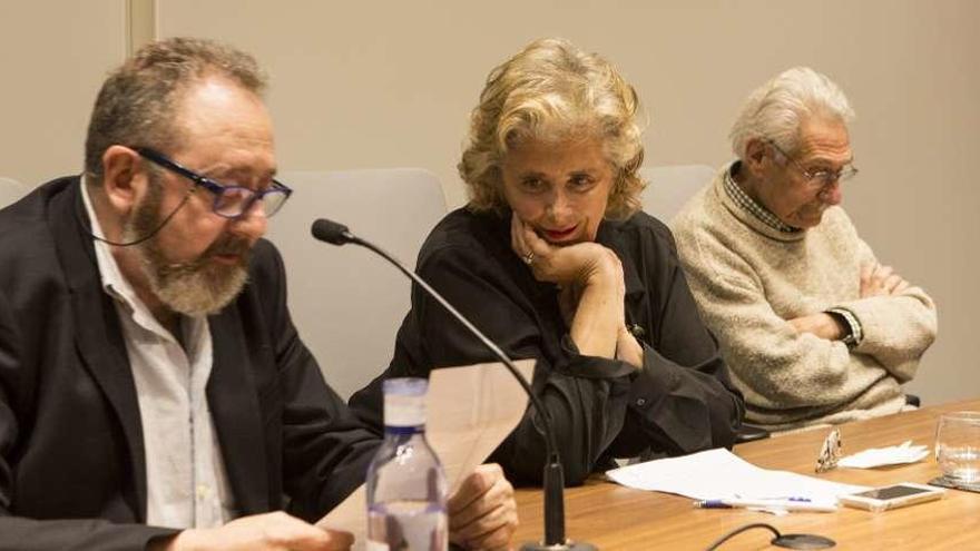 """Luisa Navia-Osorio: """"Mi libro es como esas viejas casas con goteras y hiedra"""""""
