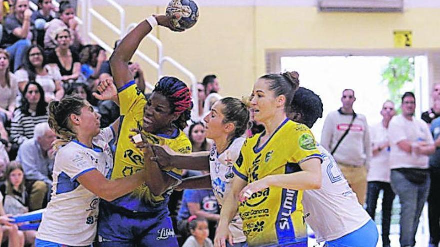 La Liga Guerreras, encauzada a dos grupos de ocho equipos