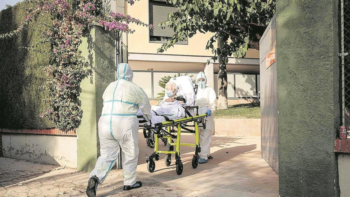 Los brotes en residencias de mayores ya afectan al 10 % de los centros