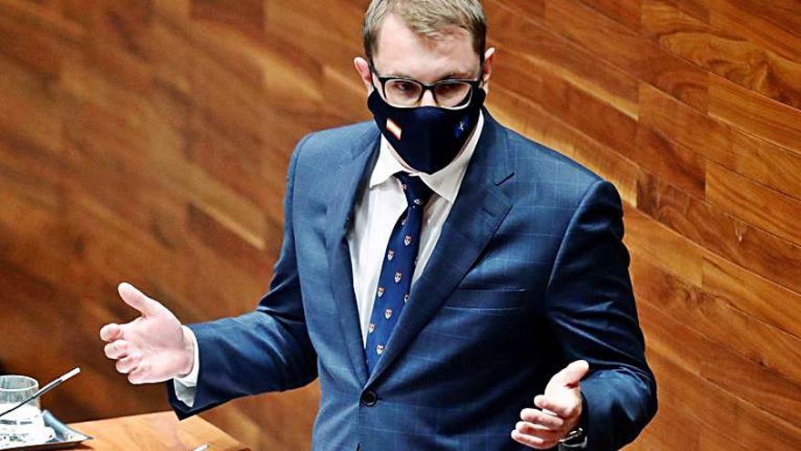 Barbón tiene garantizada la aprobación del Presupuesto tras amarrar el apoyo de Foro