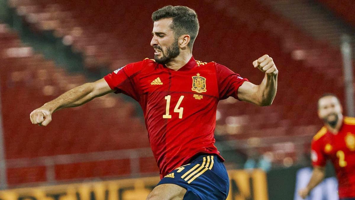 José Luis Gayà celebra un gol con la selección.  efe
