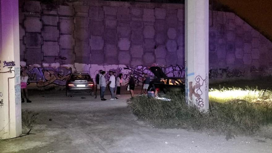 La Policía Nacional desarticula una rave debajo de un puente de la Z-40