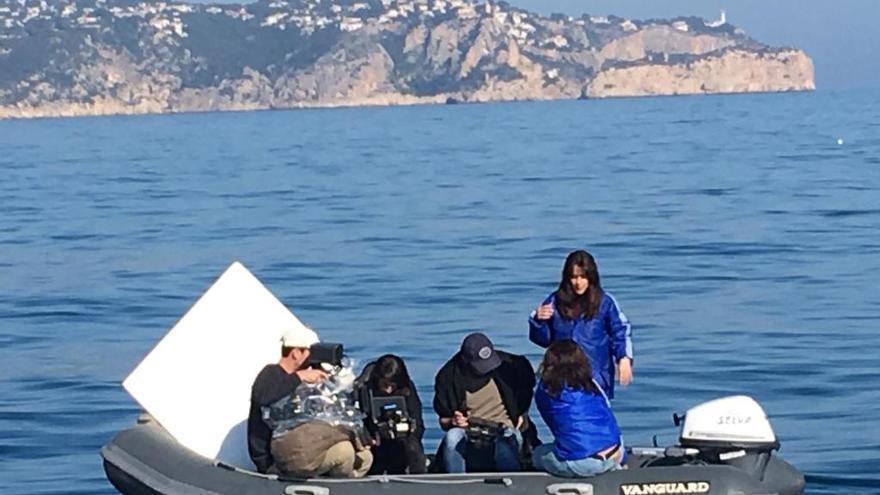 Macarena García rueda en aguas de Xàbia