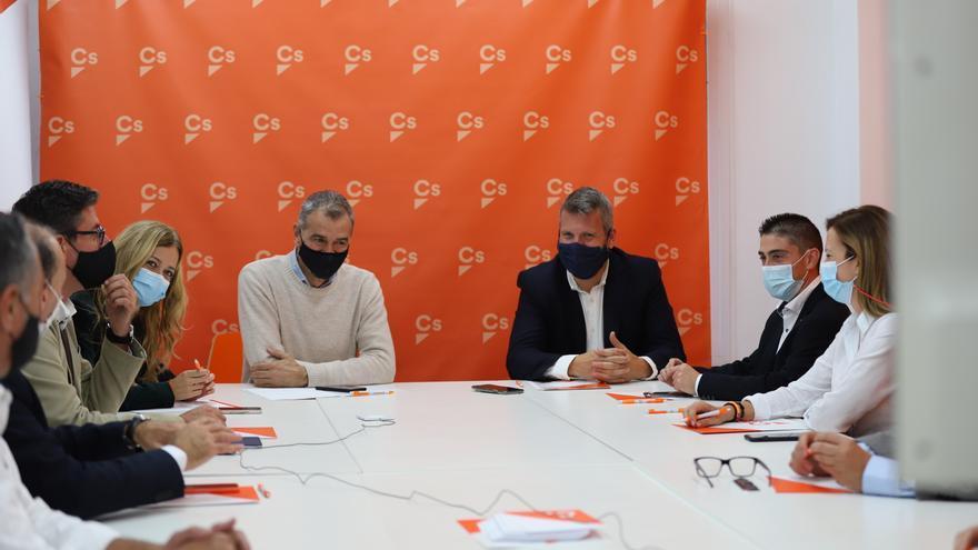 Ciudadanos aplaza el debate sobre el Fondo de Cooperación hasta la reunión con Mazón