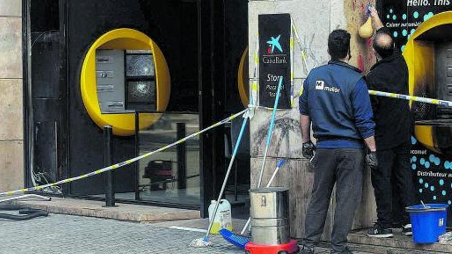 La extrema violencia callejera en Barcelona dispara todas las alarmas