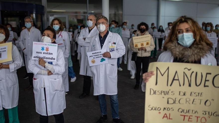 Casi 7.000 trabajadores de Sacyl exigen a la Consejería la negociación de sus condiciones laborales
