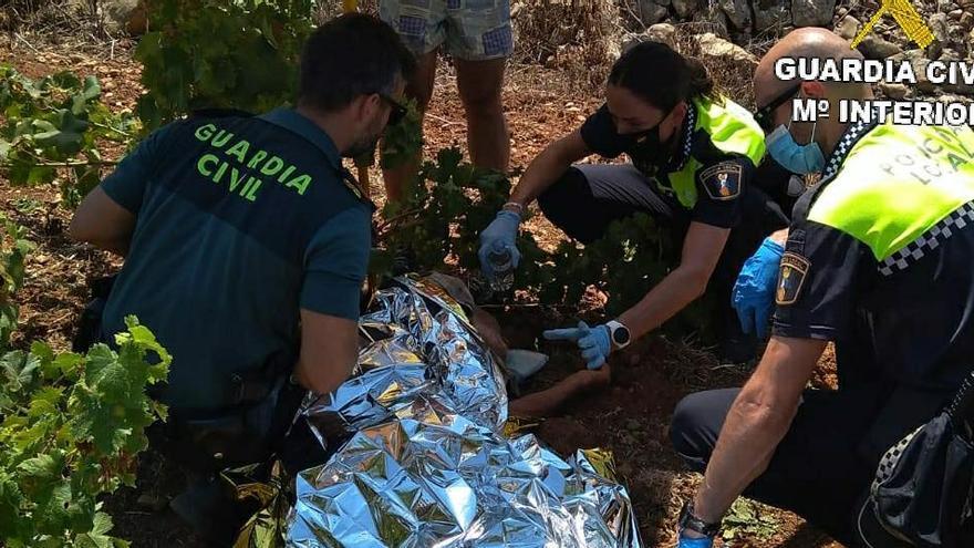 Hallan con vida tras 20 hora de búsqueda a un anciano de 88 años en Xaló
