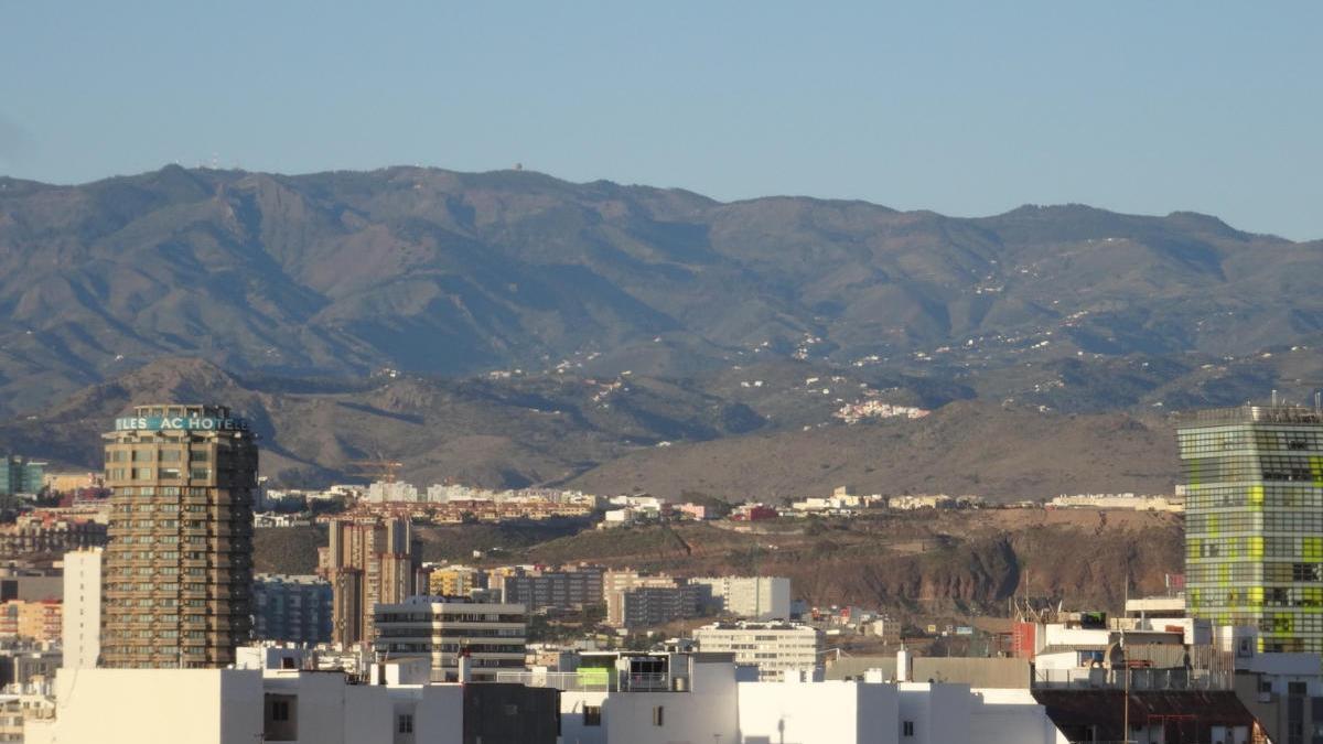 Las Palmas de Gran Canaria durante el estado de alarma, con los cielos descontaminados