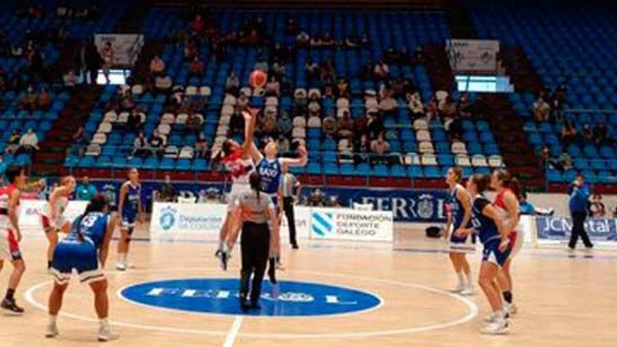 El Maristas cae ante el Baxi Ferrol en la Copa Galicia en su debut del curso