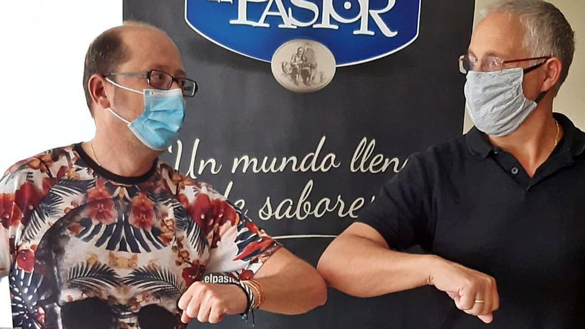 CD Zamarat y Quesos el Pastor escenifican su acuerdo. | Cedida