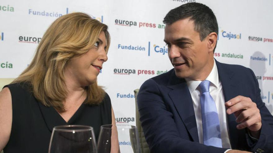 El PSOE se parte en dos:  'sanchistas' y 'susanistas'