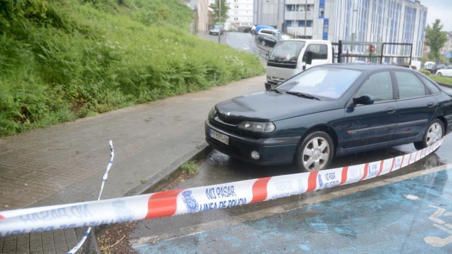 Investigan a un hombre que quería escapar en coche mientras se desangraba en Valdecorvos