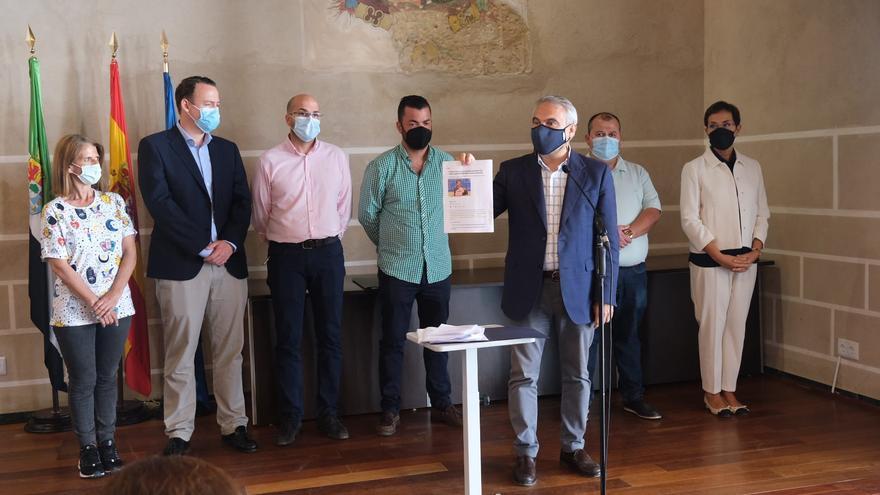 Fragoso renuncia hoy a la alcaldía de Badajoz para cumplir el acuerdo de alternancia con Cs